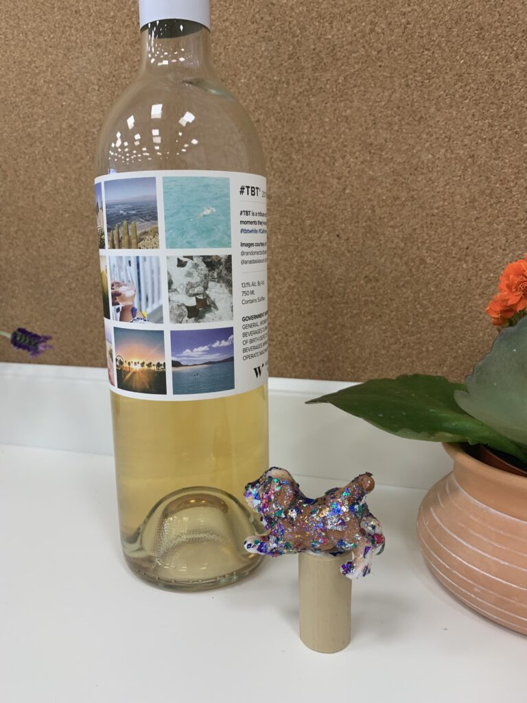 DIY pet gift for Mother's Day wine stopper